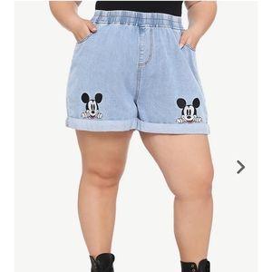 NWOT Mickey Mouse elastic waist shorts, 5x